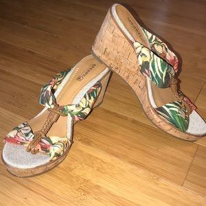 Tropical Sperry wedges